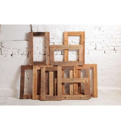 drewniana-rama-do-lustra-obrazu-ze-starych-desek