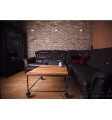 stolik-industrialny- ze-starego-drewna-i-metalu-z-odzysku-na-izolatorach